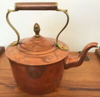 FANTASTIC HEAVY WELL MADE ANTIQUE COPPER KETTLE WITH ACORN FINIAL LID