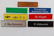 Namensschilder mit Sicherheitsnadel mit ihrer Wunschgravur