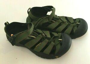 KEEN Water Hiking Shoe Black Green Size 6 EU 39 Waterproof Barely Worn