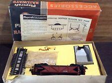 PLAYCRAFT RAILWAYS - OO/HO Scale RARE VINTAGE P 660 Operating Hopper Wagon Set