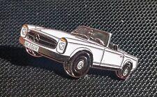 Mercedes Benz Pin Pagode SL W113 weiß lackiert - Maße 39x17mm
