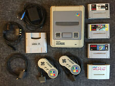 Super Nintendo SNES Konsole + 2 Controller + 3 Spiele + Game Boy Adapter + mehr