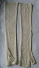 LADIES LONG PRETTY LACEY FINGERLESS MITTENS/GLOVES. DENTS.