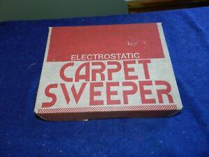 Vintage Fuller Brush electrostatic Carpet sweeper Model 103 NOS NIB NEW NR