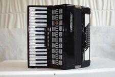Piano accordion akkordeon  WELTMEISTER SERINO  60 bass