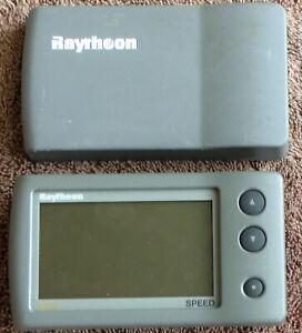 Raymarine Raytheon ST40 Speed Display Head - E22037 With Sun Cover