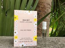 Daisy Marc Jacobs Eau so Fresh EDT perfume Spray Perfume Sample 0.04 Oz 1.2 ml