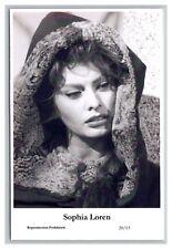 Sophia Loren (C) Swiftsure Postcard year 2000 modern print 20/13 glamour photo