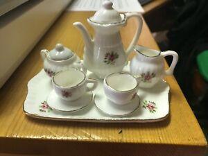 Vintage Tea Rose Childs Tea set on 4 inch tray