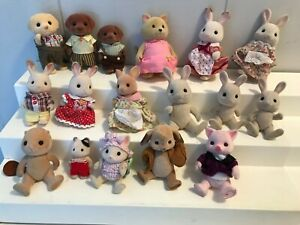 Lot of 17 Calico Critters Figures Rabbits Dogs Cats Pig