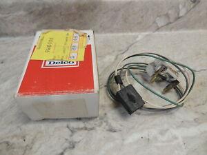 GM 22020275 Power Antenna Switch, G Body, 1982-1990, Orig Box, Take Off