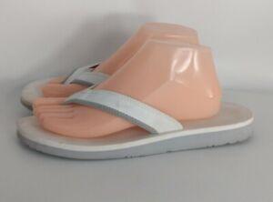 NIKE Celso Girls Womens Thong Flip Flops White Size 9