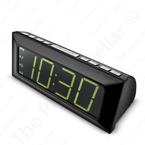 Insignia Digital AM/FM Alarm Clock Radio NS-CLOPP2 Black