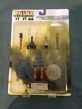 "Dragon WWII German 1/6 scale 12"" Anti-Tank Mine Grenade Weapon Set B 71034"