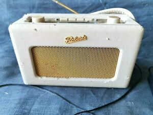 Roberts RD60 revival dab/fm radio complete with power lead and transformer
