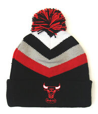 Chicago Bulls Mitchell & Ness V Stripe Cuffed Pom Knit Beanie