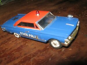 Motorific Police Car Body Blue Two Speed Chassis rare missing one rear wheel WOW