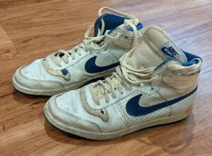 Nike men 1980s basketball shoes vintage collectable Jordan sz 11½