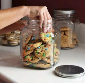 Anchor Hocking 2-Quart Cookie / Cracker Jar with Brushed Aluminum Lid