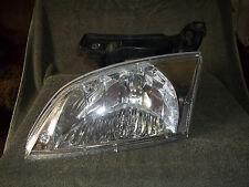 Chevrolet Chevy Cavalier 00 01 02 2000-2002 Headlight Head Light Lamp