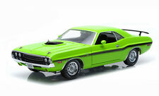 Greenlight 1970 Dodge Challenger HEMI Shaker RT - Sublime Green 1/18