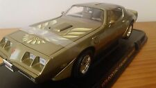 PONTIAC 1979 FIREBIRD TRANS AM IN METALLIC GOLD 1.18 SCALE