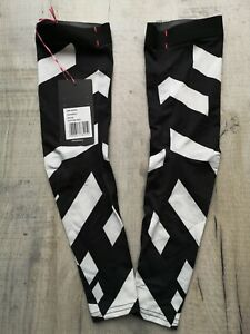 NEW RAPHA ARM SCREENS BLACK AND WHITE SIZE M ROADWEAR LIMITED COLLECTION