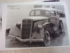 1935 FORD INSURANCE WRECK PHOTO   11 X 17  PHOTO /  PICTURE