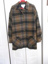 COLLECTIONS INTERNATIONALE--BROWNS/BEIGE/BLACK PLAID JACKET-MADE IN CANADA-LARGE