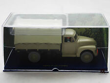 Miniature En voiture Tintin et les Picaros Camionette Chevrolet 6400 Moulinsart