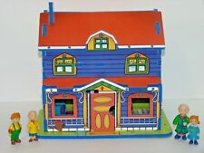 Vtg Caillou's House 3D Puzzle + Caillou, Rosie & Leo Figures Wrebbit 2002 RARE