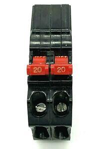 Murray MM2020 Twin 20 Amp 1 Pole 120/240VAC Plug In Tandem Closed Clip Breaker