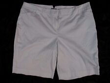 Fashion Bug Womens 26W White Cotton Blend Summer Casual Shorts AA320