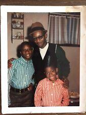 HIP HANDSOME MAN & KIDS HAT GLASSES BLACK AFRICAN AMERICAN VTG PHOTO 235