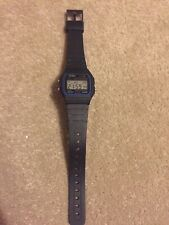 Vintage Retro Man's CASIO F-91W Alarm Chronograph Digital Watch - WORKING