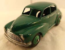 Dinky Toys GB n° 159 Morris Oxford saloon