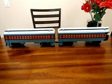 Lionel Polar Express Pair Of Non Electric Passenger And Observation.Car.