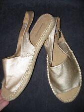 Women's Solesenseability Gold Sandals Size 8 Addison - BRAND NEW - free ship