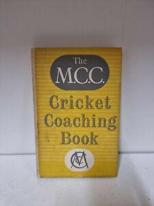 The M.C.C Cricket Coaching Book 1957 Hardback With Dust Jacket (P5)