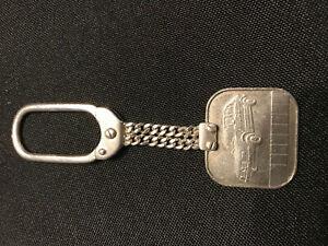 porte clef Alfa Roméo ancien argent
