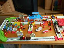 Matchbox Eisenbahn komplett mit Schienen, Brücken,Häusern, Lok`s und Waggon`s
