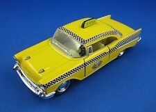 KINSMART - 1957 CHEVROLET BEL AIR TAXI - 1:40 Scale - Yellow - Pull Back Action