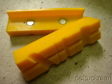 """Magnetic, Yellow 4-1/2"""" L., Urethane  Bench Vise Soft Jaws w/ Radial Groved Face"""