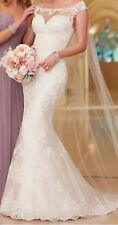 NEW Ladies Ivory Lace Mermaid Bridal Gown Size 12