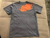 Under Armor Athletic Boys Shirt Size S Small Youth Gray Heat Gear Football