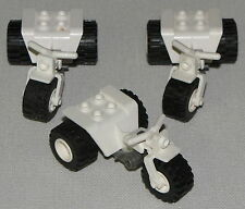 LEGO LOT OF 3 WHITE MOTORCYCLES TRICYCLE 3 WHEELER BIKE MINIFIGURE PIECE