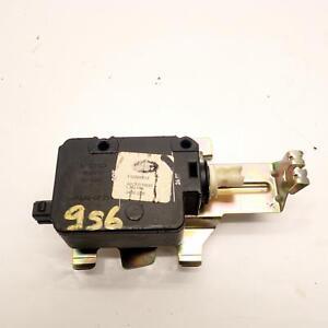 Land Rover Discovery 3 Fuel Cap Lock Actuator FSG500013 2.7 TDV6 Ref.956
