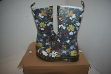 Dr Martens Size 6 Darcy Navy Floral Backhand 14 eye
