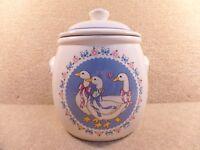 Large Vintage Treasure Craft Ceramic Cookie Jar Geese Or Goose Made In USA