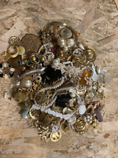 2.6 Lb Lot Gold Tone Pearl Abalone Junk Craft Bead Metal Jewelry Small Flat